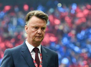 Louis van Gaal se retira como entrenador por motivos familiares