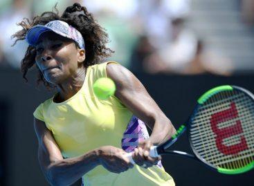 Venus Williams se mantiene con vida en Australia y sin ceder sets