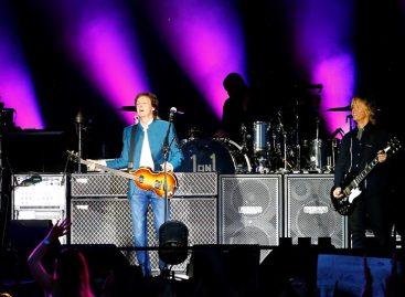 Paul McCartney demandó a Sony para recuperar los derechos de autor de The Beatles