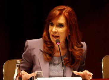 Fiscal pide que Cristina Fernández declare por encubrimiento a terroristas
