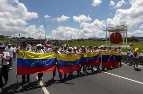 Oposición venezolana marchó en Caracas por elecciones y fin de la «dictadura»