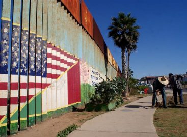 Expatriados de EE.UU. en México temen las reacciones a políticas de Trump