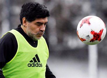 Maradona recordó que comenzó a consumir droga con 24 años en Barcelona