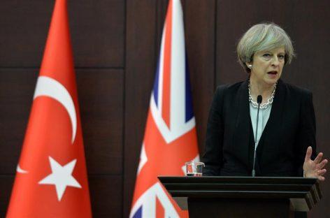 May activará el «brexit» el 9 de marzo, según «The Times»