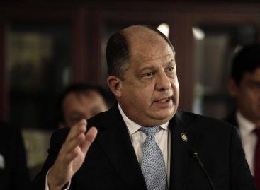 Gobierno de Costa Rica anuncia crisis y recortes económicos