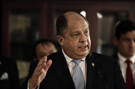 Gobierno de Costa Rica suavizó su reforma fiscal y una evitó huelga de sindicatos