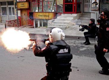 11 detenidos en Turquía por protesta contra purgas universitarias
