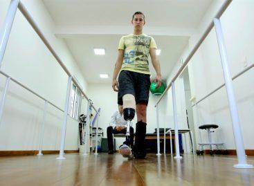 Follmann celebra «la vida» y piensa en los Paralímpicos tras accidente aéreo