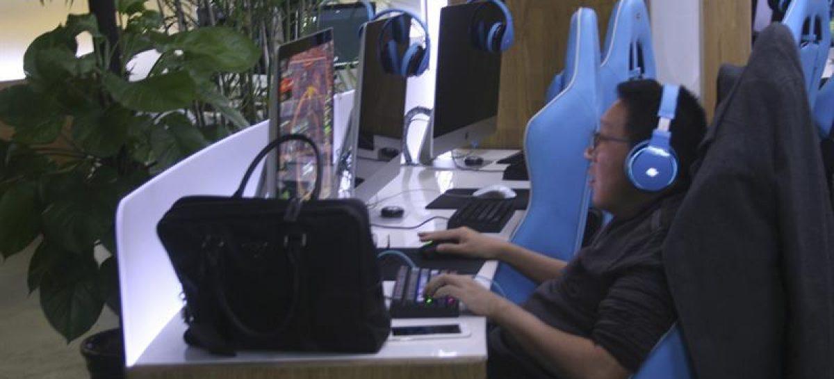 China busca acabar con los polémicos tratamientos para «yonquis» de internet