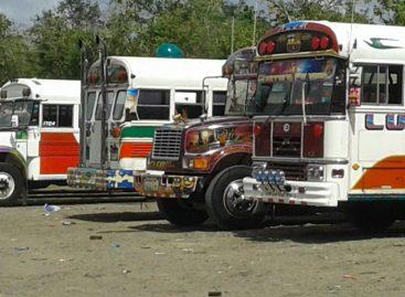 Cinco robos en una semana a buses que viajan hacia el interior del país