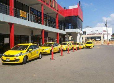 ATTT propone regular horas de servicios de los taxis