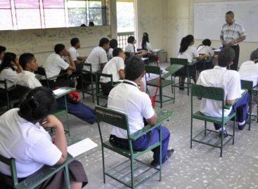 Meduca alerta que habrá ajustes enmatrículas de colegios privados