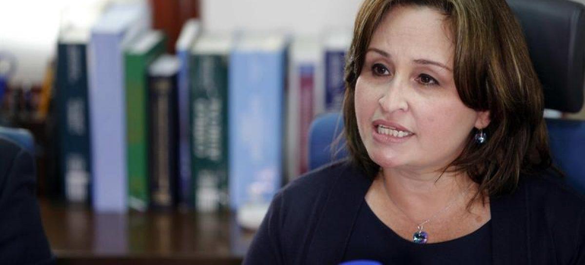 Martinelli denuncia a Kenia Porcell por omisión de funciones y abuso de autoridad