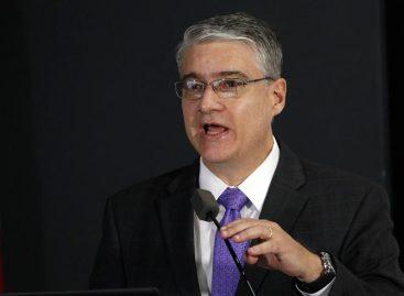 El ministro de Economía de Panamá asiste a la asamblea anual del BID