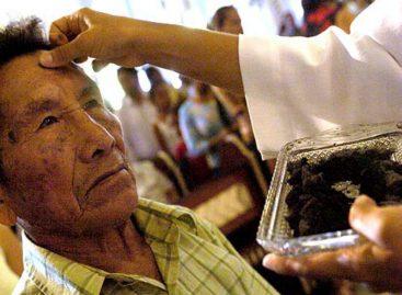 Arzobispo de Panamá recomienda dejar de usar WhatsApp durante la Cuaresma