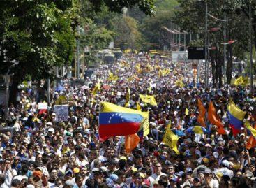 12 cancilleres de América analizarán crisis de Venezuela en Lima