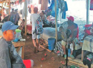 A la intemperie familias desalojadasenPedregal