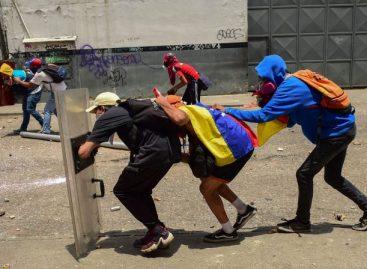 ¿Quién cederá? Chavismo y oposición apuestan al desgaste del rival en Venezuela