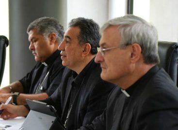 Conferencia Episcopal reitera su defensa al modelo de familia original