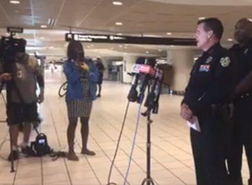 Desalojaron aeropuerto de Orlando por hombre armado