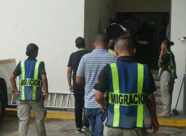 SNM deportó y expulsó a 425 extranjeros en cuatro meses