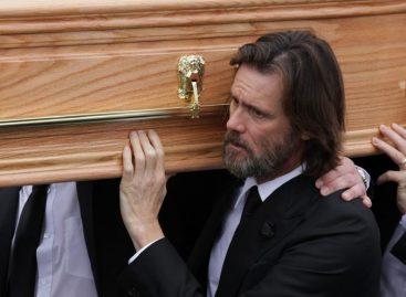 El actor de comedia Jim Carrey irá a juicio por la muerte de su exnovia