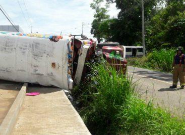 Vuelco de autobús en La Chorrera deja ocho heridos