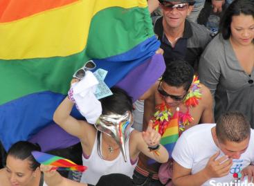Homosexuales se alistan para marcha del Orgullo Gay