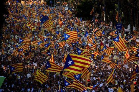 Presidente de Cataluña anunció referendo para Octubre
