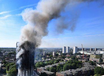 Cifra de muertos tras incendio en edificio de Londres subió a 17