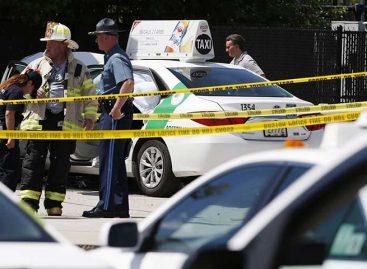 Conductor de taxi atropelló a grupo de personas en Boston