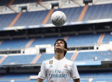 Jesús Vallejo fue presentado como nuevo jugador del Real Madrid