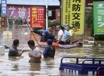 Lluvias torrenciales dejaron al menos 42 muertos en China