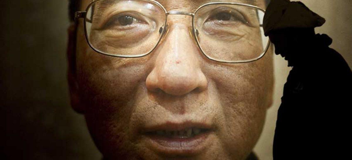 """China: Ningún país """"está en posición de hacer comentarios"""" sobre Liu Xiaobo"""