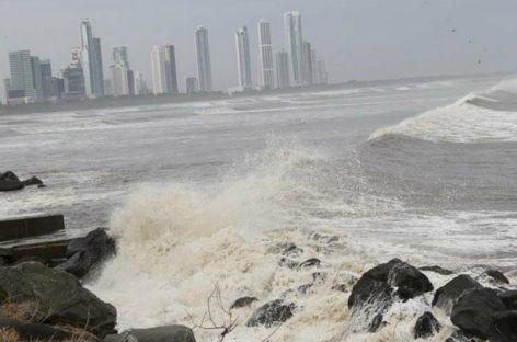 Mal tiempo se extenderá hasta el próximo 7 de agosto: Piden precaución por fuertes lluvias y aumento de oleaje