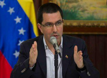 Gobierno de Maduro acusa a Varela de «seguir órdenes de Estados Unidos»