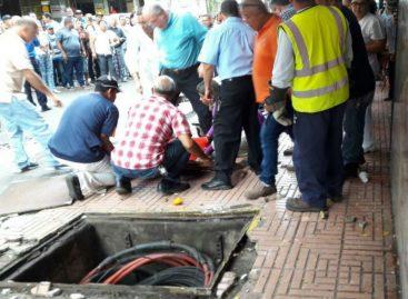 Una herida de gravedad tras explosión de cables soterrados