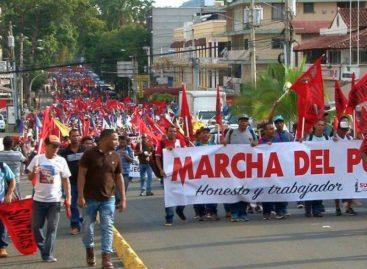 Obreros marcharon contra la corrupción y piden una «constituyente»
