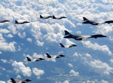 Bombarderos y cazas estadounidenses volaron cerca de la costa de Corea del Norte