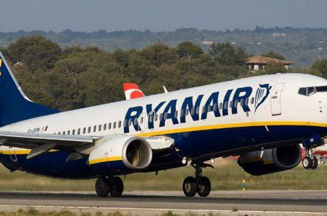 Ryanair busca pilotos para cumplir con su calendario de vuelos