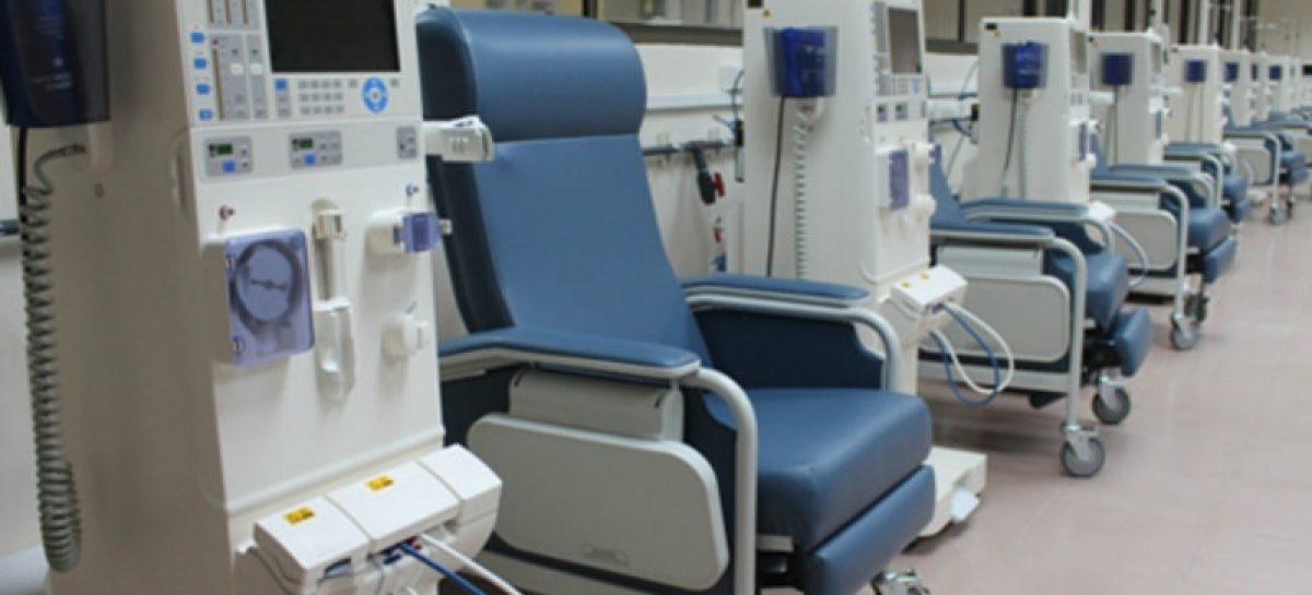 Sala de hemodiálisis de la CSS en el Hospital Santo Tomás entra en funcionamiento