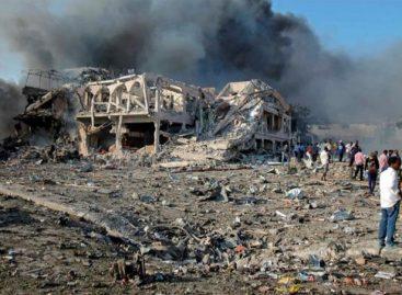 Sube a 276 la cifra de muertos tras el atentado con camiones bomba en Somalia