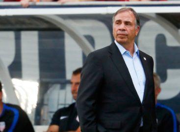 Bruce Arena renunció a la selección de Estados Unidos
