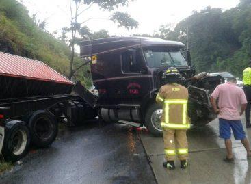 Accidente en la Vía Centenario causó fuerte tráfico