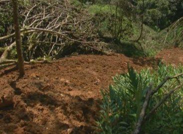 Deslaves bloquean paso en comunidades del distrito de Renacimiento