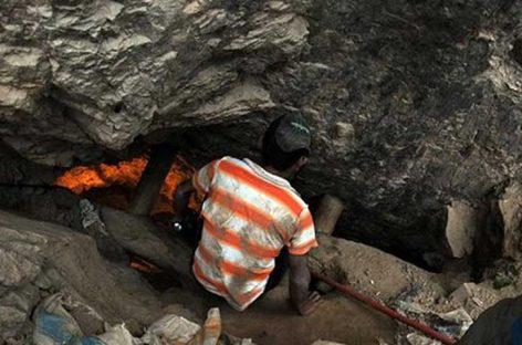 Los dos mineros atrapados en derrumbe en mina de Chile están vivos