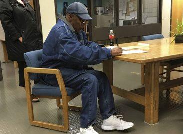 O.J. Simpson salió en libertad condicional tras nueve años de prisión