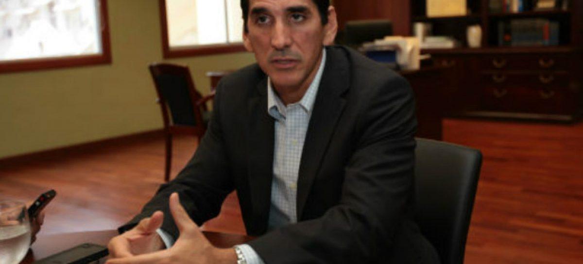 Roux: Tenemos que hacer cambios profundos para mejorar la educación en Panamá