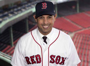 Boston presentó a Alex Cora como nuevo manager