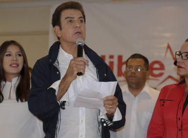 Nasralla encabeza elecciones de Honduras, según primer informe